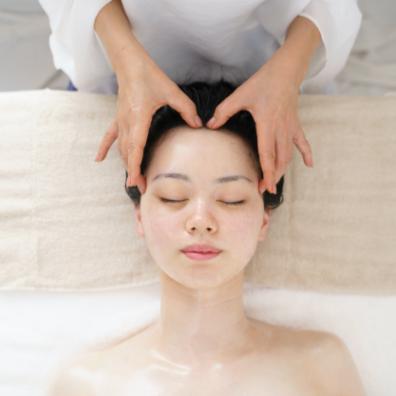 美脳セラピー ドライヘッドスパ&頭蓋調整 - 施術メニュー Relaxation Menu | クリスタルビューティー 広島 天然100%ヘナ 美と健康のエステ