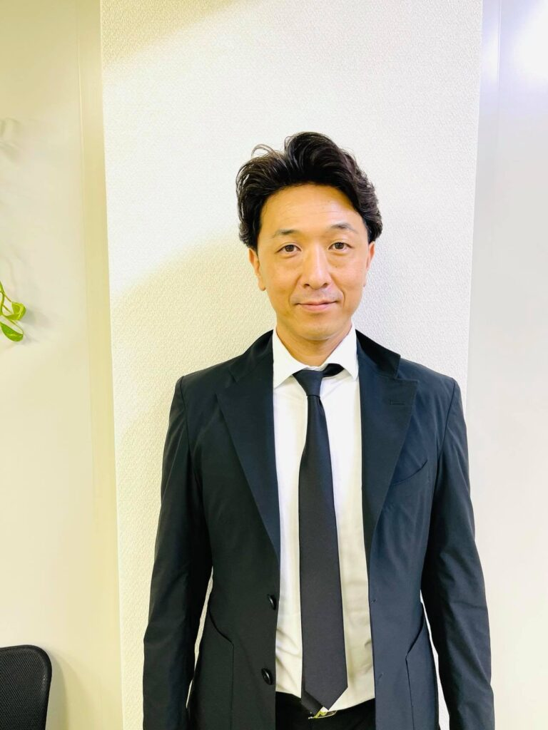 川島貴幸 (かわしま たかゆき)    クリスタルビューティー 広島 天然100%ヘナ 美と健康のエステ