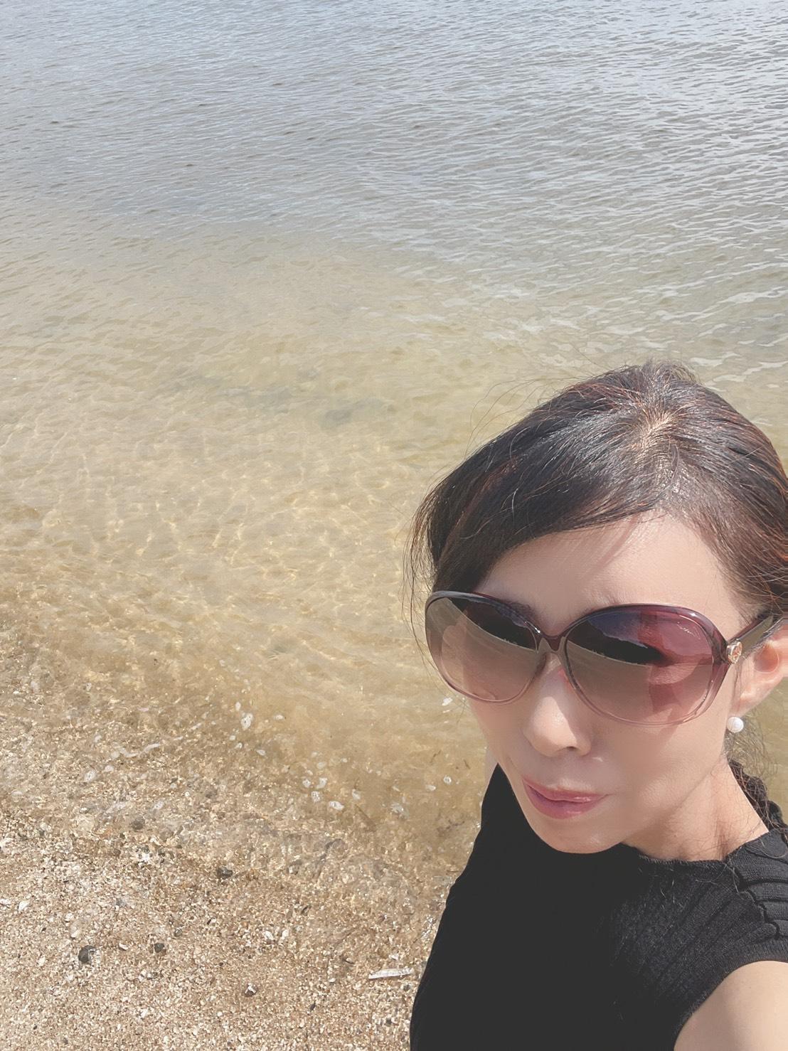 海からの恩恵に感謝   クリスタルビューティー 広島 天然100%ヘナ 美と健康のエステ
