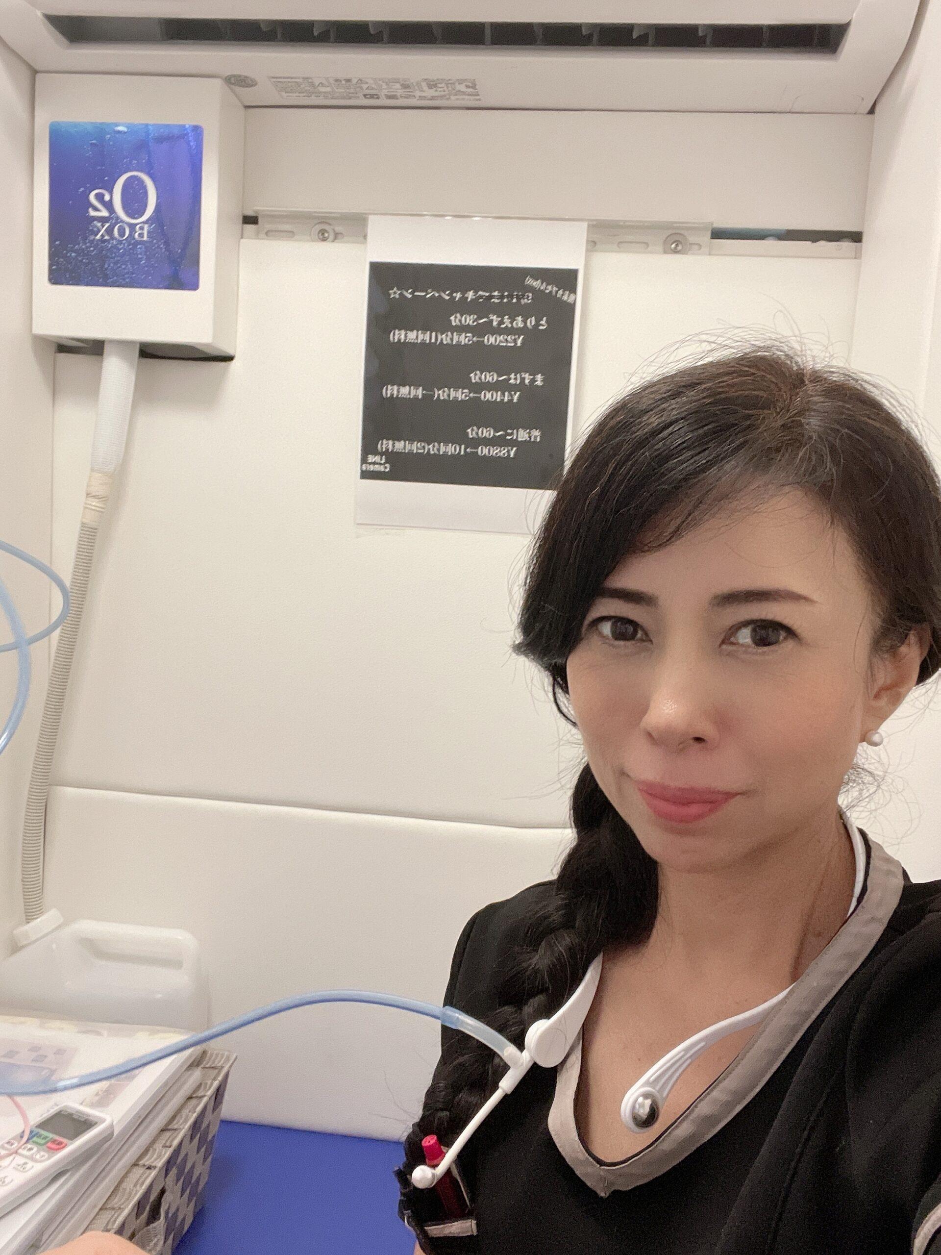 酸素カプセルO2BOX   クリスタルビューティー 広島 天然100%ヘナ 美と健康のエステ